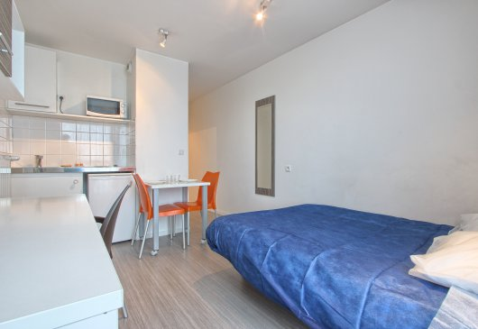 Studio for 1 or 2 in Chelles
