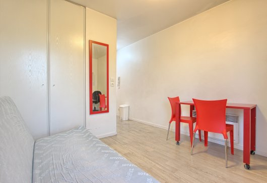 Fully furnished studio Saint-Ouen