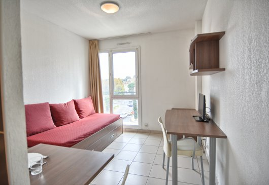 Studio close to Espace Mayol