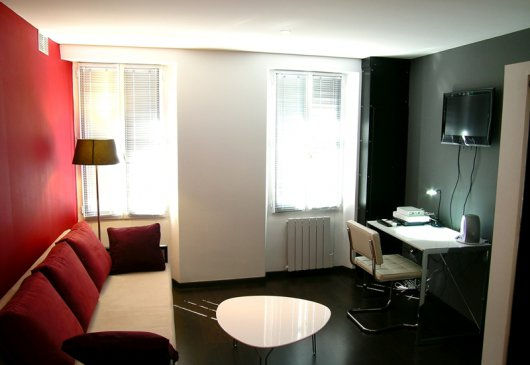 Contemporary studio in Toulouse