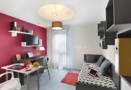 Fully equipped Studio - City Center