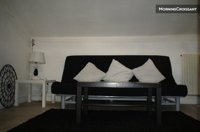 Furnished 1BR prox public transport