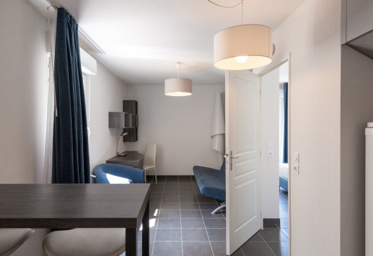 1BR all furnished in Nice - Student