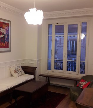 2 br flat renovated Apartment RER C