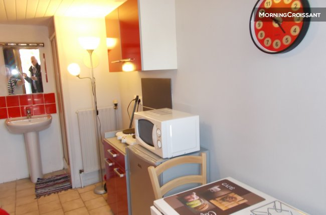 Charming small Studio furnished