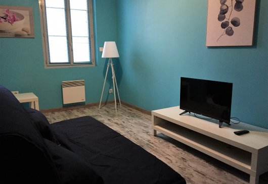 1BR TARBES near station & Center