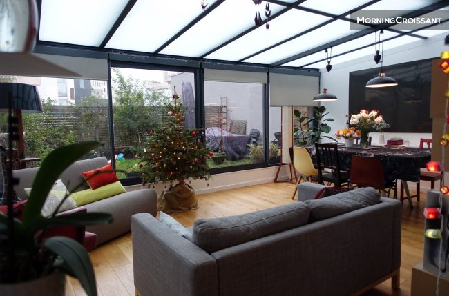 2 bedroom-flat with private garden