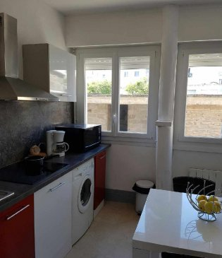 Bright 1BR in the centre of Lorient