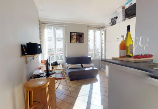 Furnished Studio / / Paris Center