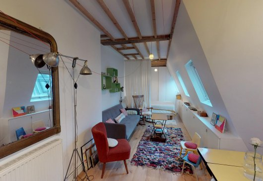 Loft at the feet of Montmartre