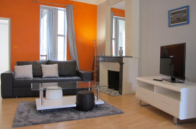 Apartment Albert Barraud 1BR 66 Sqm