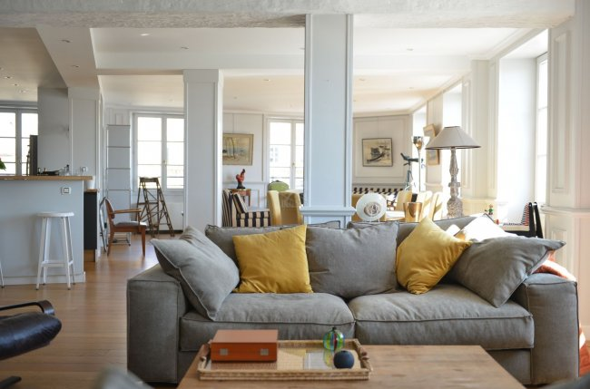 Superb loft overlooking the Garonne