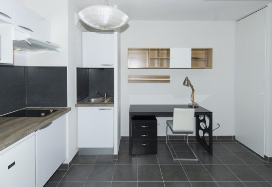 Well furnished 1BR flat - Students