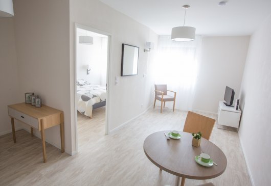 Superb furnished 1 br flat