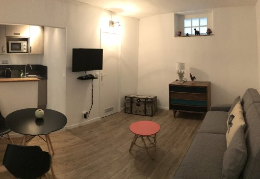 Very nice Studio in rue des Abbesse