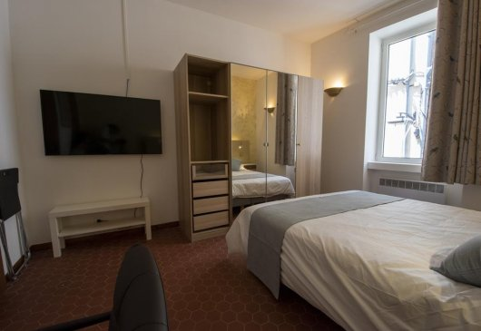 Avignon Centre T2 Furnished 2p.
