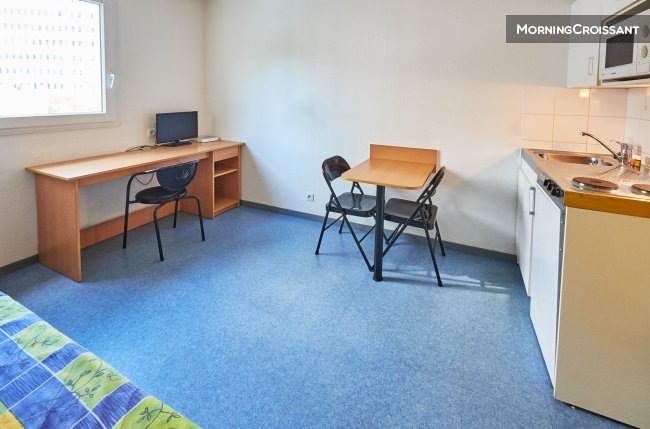 Furnished studio / monthly stay