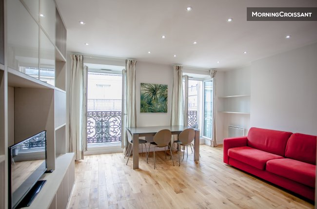 Beautifully renovated - 1 bedroom
