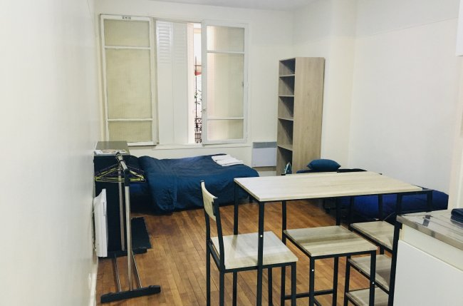 Big Furnished Studio in Montmartre