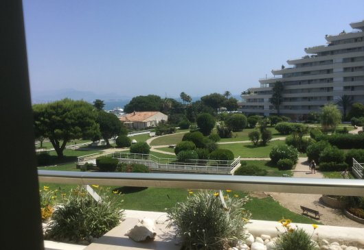 Nice flat alcony with sea view,