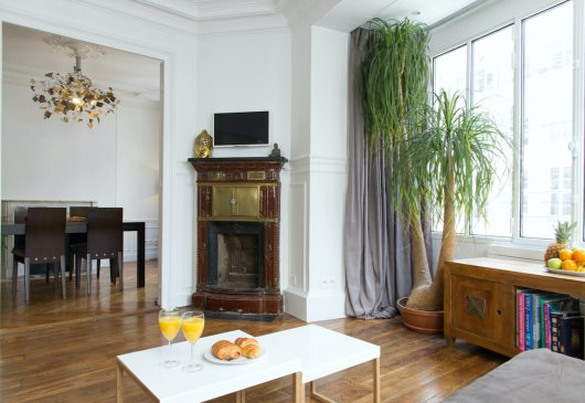 Stylish St Honore 1BR