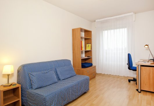 Furnished apartment in residence