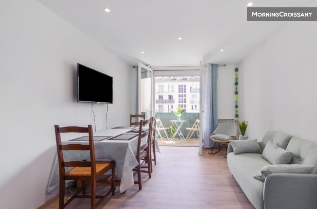 Quiet 3 room apartment with balcony