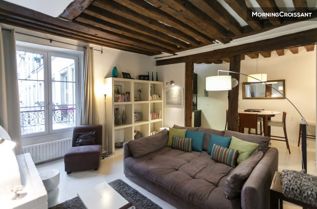 2P Apartment in the Marais