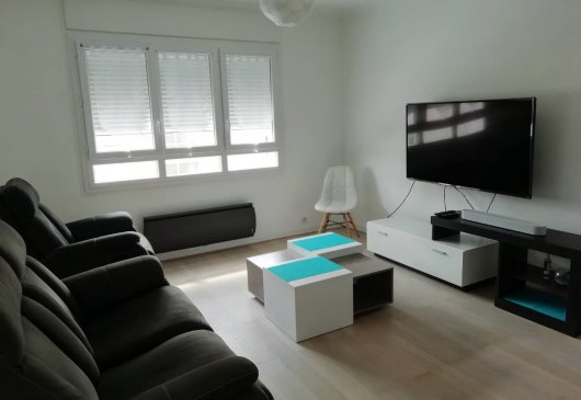 Flat 75m2, near Paris