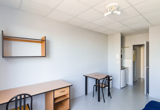 Ideally located studio in Tours